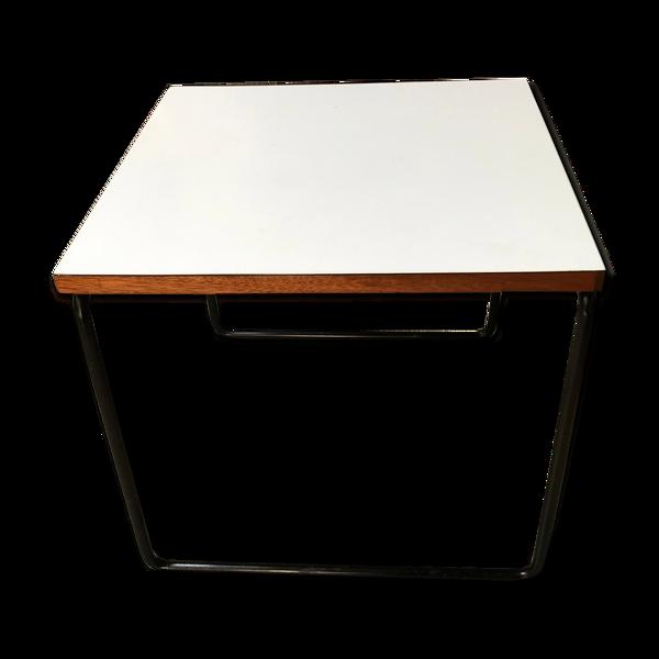 Selency Table basse blanche - Modèle Volante - Pierre Guariche