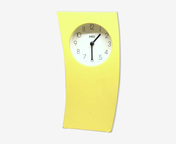 Horloge jaune In House Designs