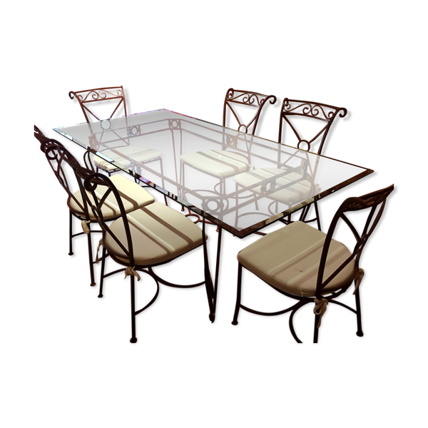 Salle à manger en verre et en fer forgé