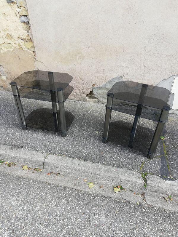 Paire de tables d'appoint verre fumé