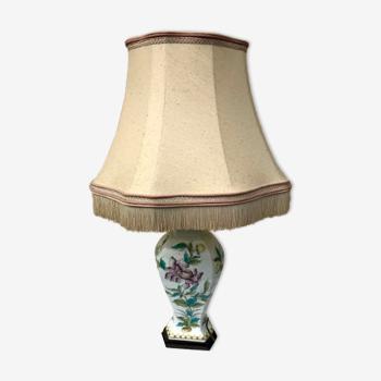 Vase monté en lampe