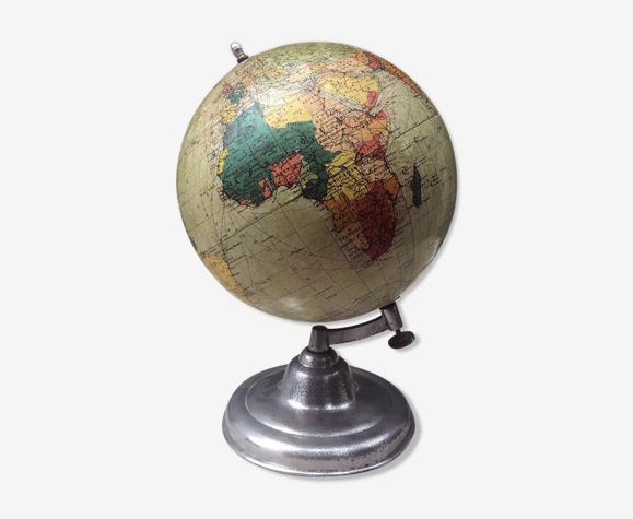 Globe terrestre ancien