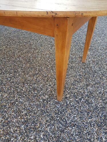 Table de ferme ovale ancienne