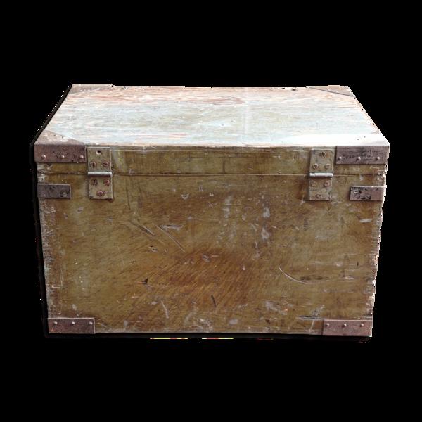 Table basse, caisse militaire en bois et métal