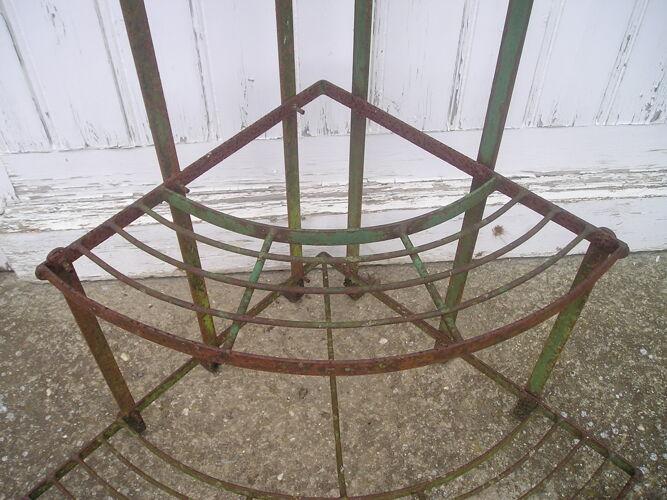 Porte plantes ancien en métal 1/4 de rond