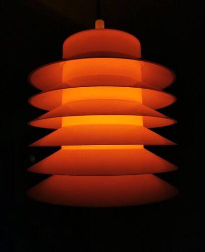 Suspension en plastique orange des années 1970