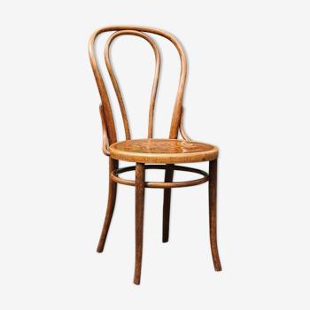 Chaise bistrot N°18 décor art nouveau