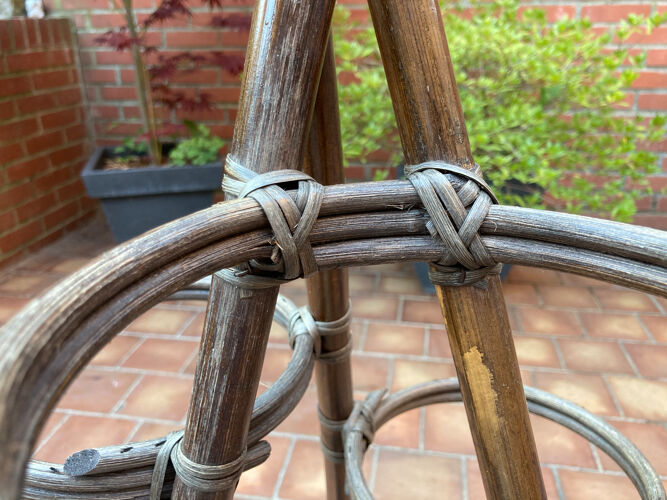 Porte-plantes vintage en rotin