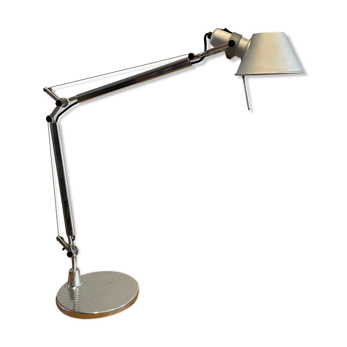 Lampe de bureau modèle Tolomeo par Artemide