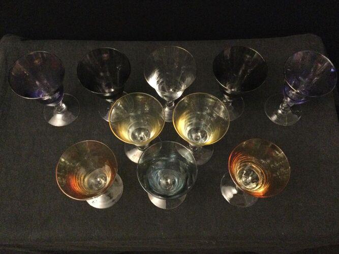 Serie de 10 verres de couleurs