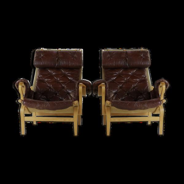 Paire de fauteuils Pernilla en cuir Bruno Mathsson pour Dux Suède