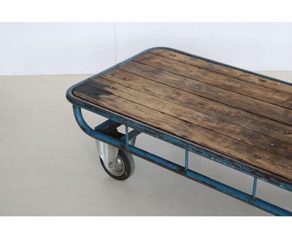 Chariot de transport industriel
