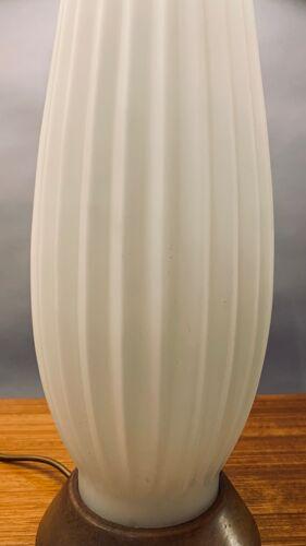 1950s Alfredo Barbini Style Ribbed Glass Table Lamp
