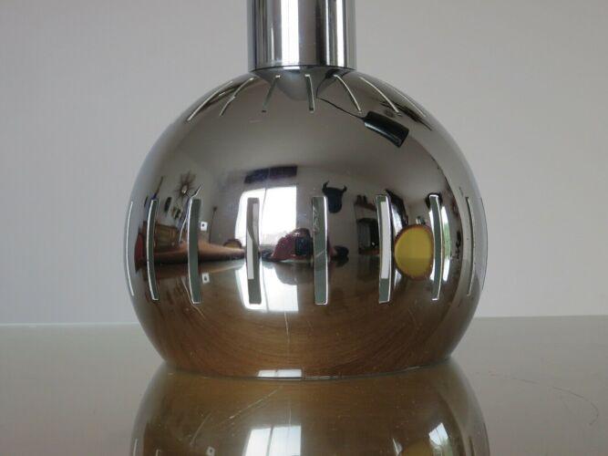 Suspension en métal chromé typique années 70