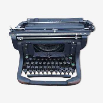 Underwood usa writing machine