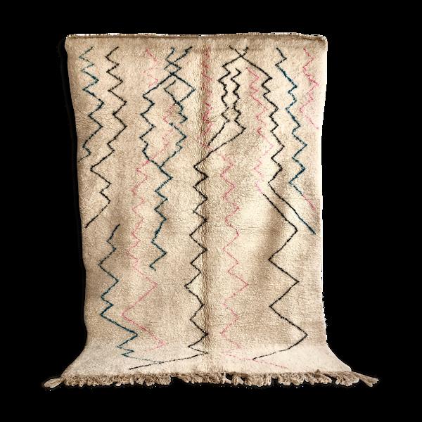 Tapis berbère marocain beni ouarain à lignes colorées 309x218cm