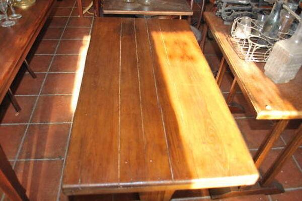 Table de bistrot