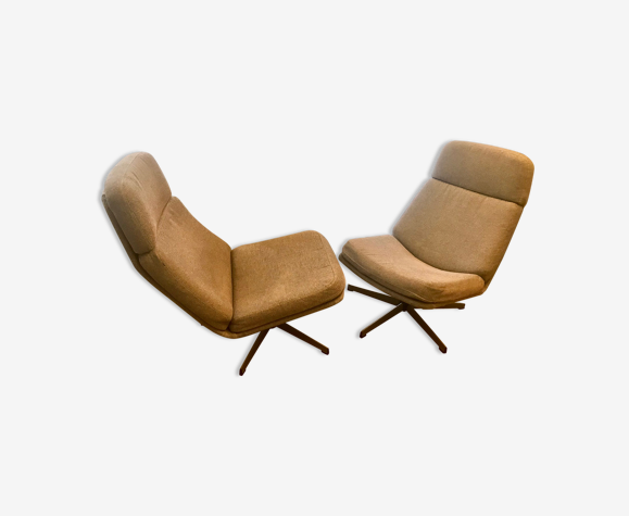 Paire de fauteuils et ottomans Gillis lundgren 1990