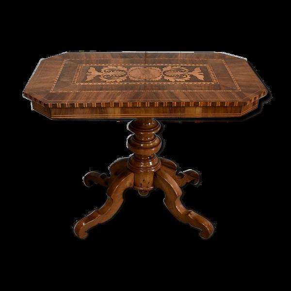 Selency Table marquetée en noyer et bois clairs, 2ème partie du XIXe