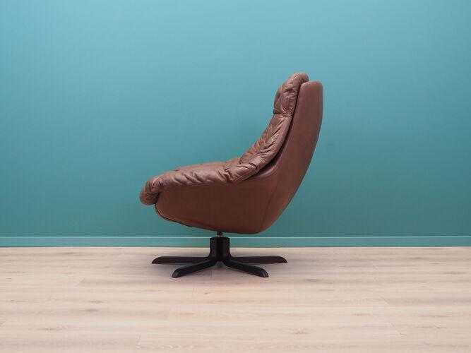 Fauteuil en cuir, design danois, années 1960, fabriqué par H.W. Klein
