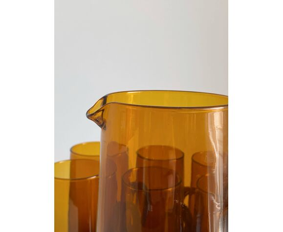 Service carafe et verres ambrés