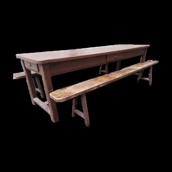 Table de ferme et bancs