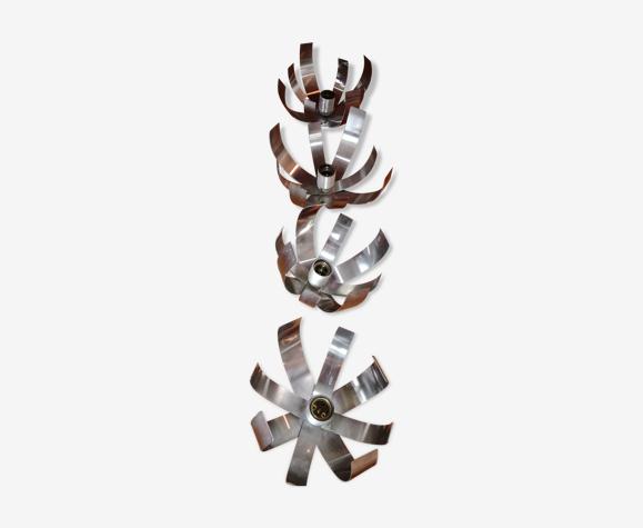 Quatre appliques fleurs 70's
