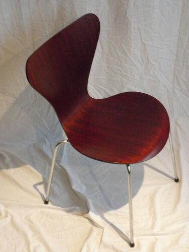 Chaise modèle 3107 d'Arne Jacobsen