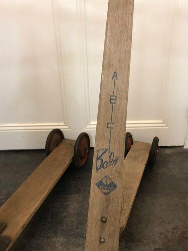 Jouet ancien lot deux trottinettes en bois années 1960