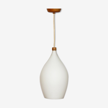 Suspension en opaline, design tchèque, 1960