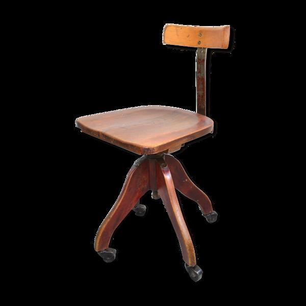 Selency Chaise pivotante en bois 1930