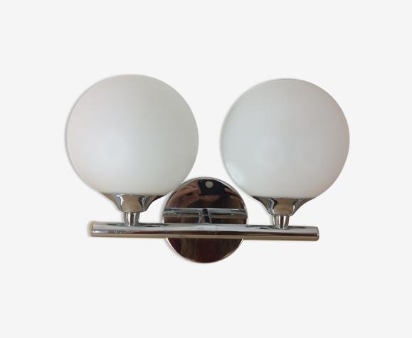 Applique double globe chrome et opaline 1970