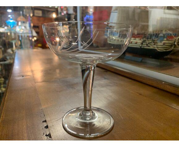 6 coupes à champagne en cristal