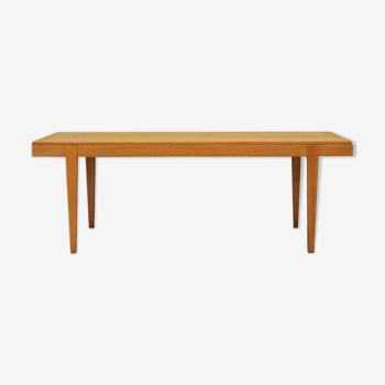 Table basse fabriquée par Haslev Mobelsnedkeri 60/70