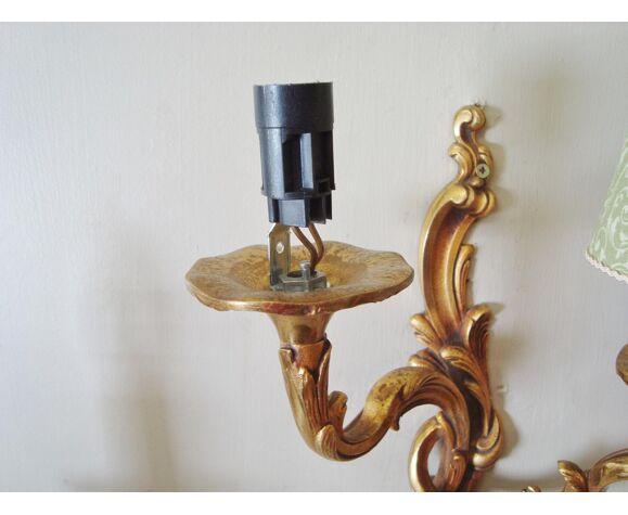 Paire d'appliques rocaille en bronze avec un choix d'abat-jours fait main
