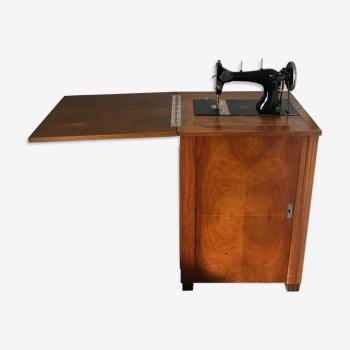 Machine à coudre ancienne à pédale Omnia
