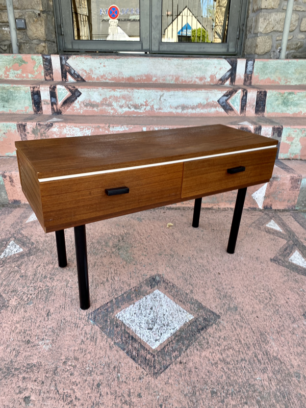 Console  vers 1960