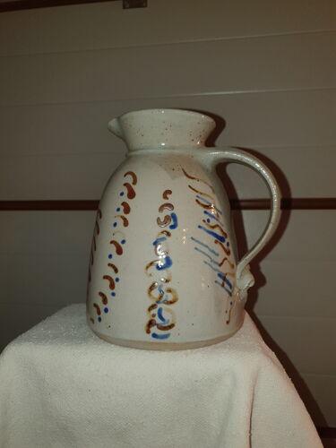 Carafe émaillée artisanal