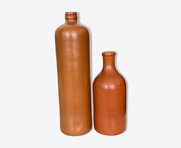 Lot de 2 bouteilles en grès