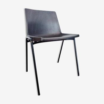 Chaise design JP Emonds-Alt pour OVP Belgium