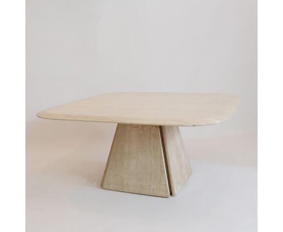 Table basse en travertin travail italien des années 1970
