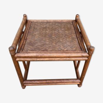 Table basse bout de canapé en rotin vintage 50x50x42 années 70