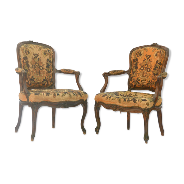 Paire de fauteuils de style Louis XV