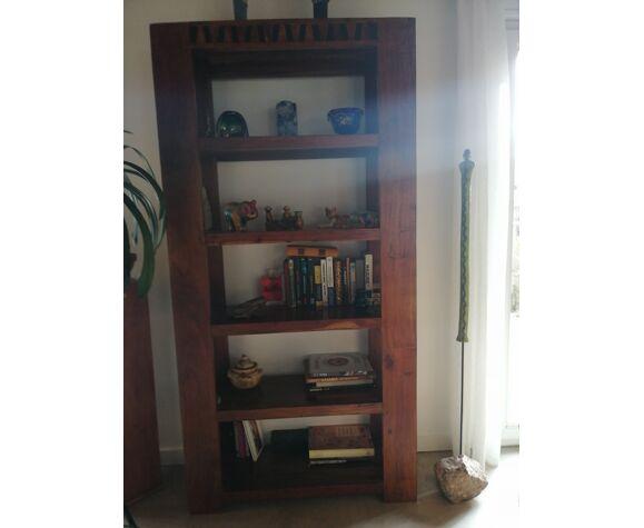 Bibliothèque ouverte en bois massif
