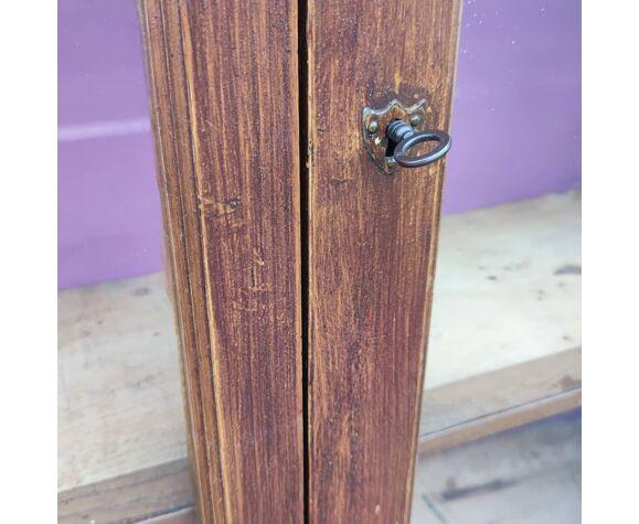 Bibliothèque d'école en bois peint faux bois