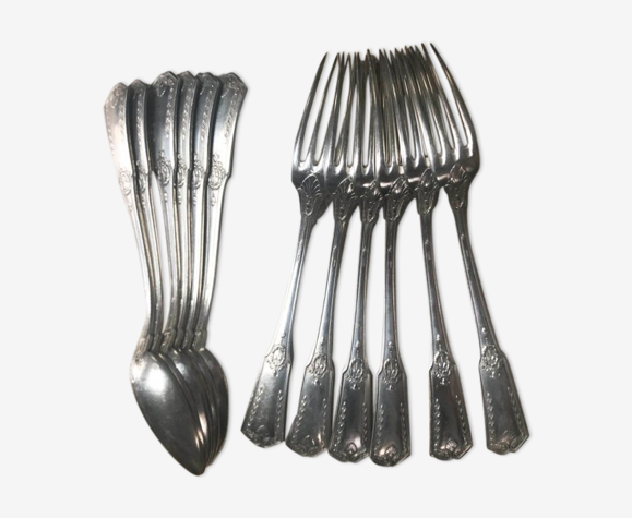 """Ménagère ancienne métal argenté modèle """"Sans gêne"""""""