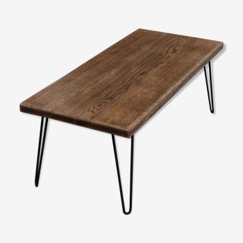 Table basse en chêne massif style industriel et pieds épingles noirs