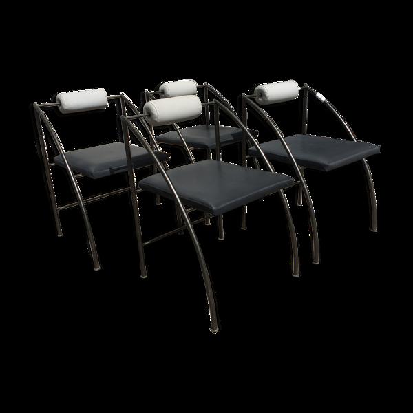 4 chaises postmodernes, Italie, 1970