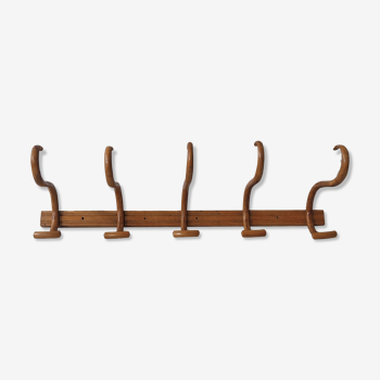 Curved wooden bistro coat hanger