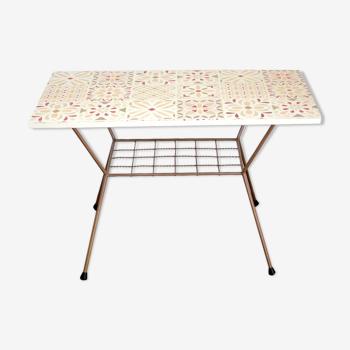 Table basse avec porte-revue
